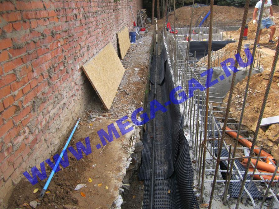 Монтаж подземного газопровода, перенос цокольного ввода