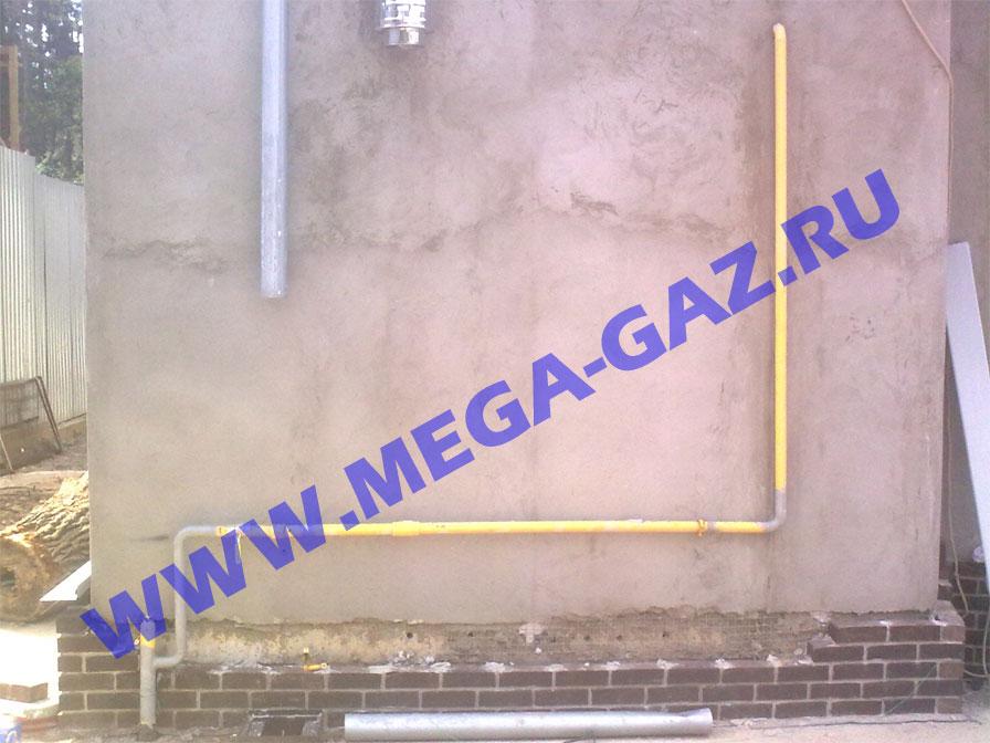 Монтаж цокольного газопровода